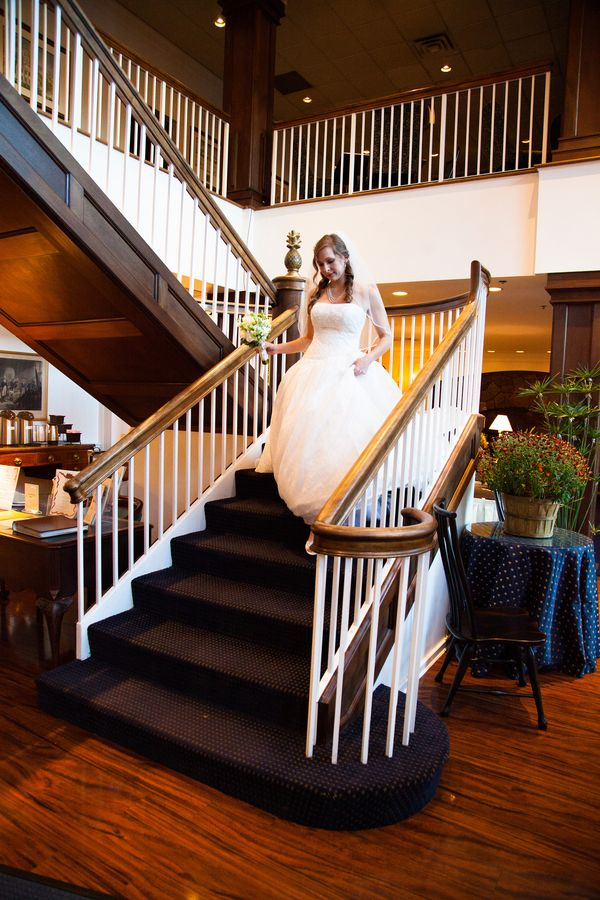 Cara And Jeremy S Traditional Sophistiated Wedding At The Simsbury Inn