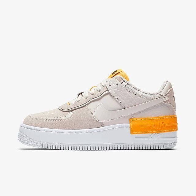 Yesterday we got a small restock of the popular Nike Wmns