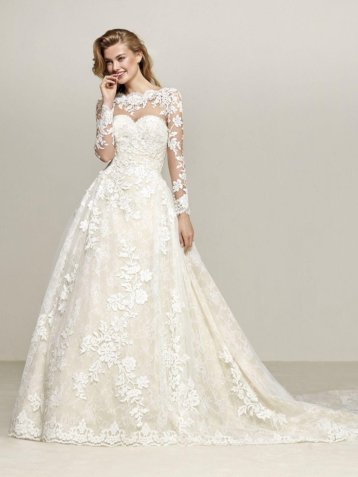 Where to find long sleeve wedding dresses  Vestido de Novia de Pronovias DRUMSA corte princesa escote