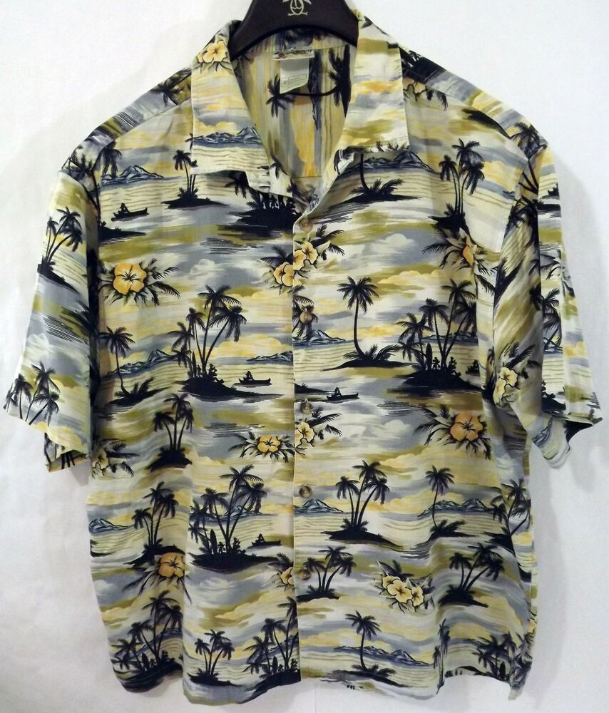 04c8b2dc LN Disney XL Beige Blue Black Mickey and Friends Hawaiian Shirt - Very Rare!