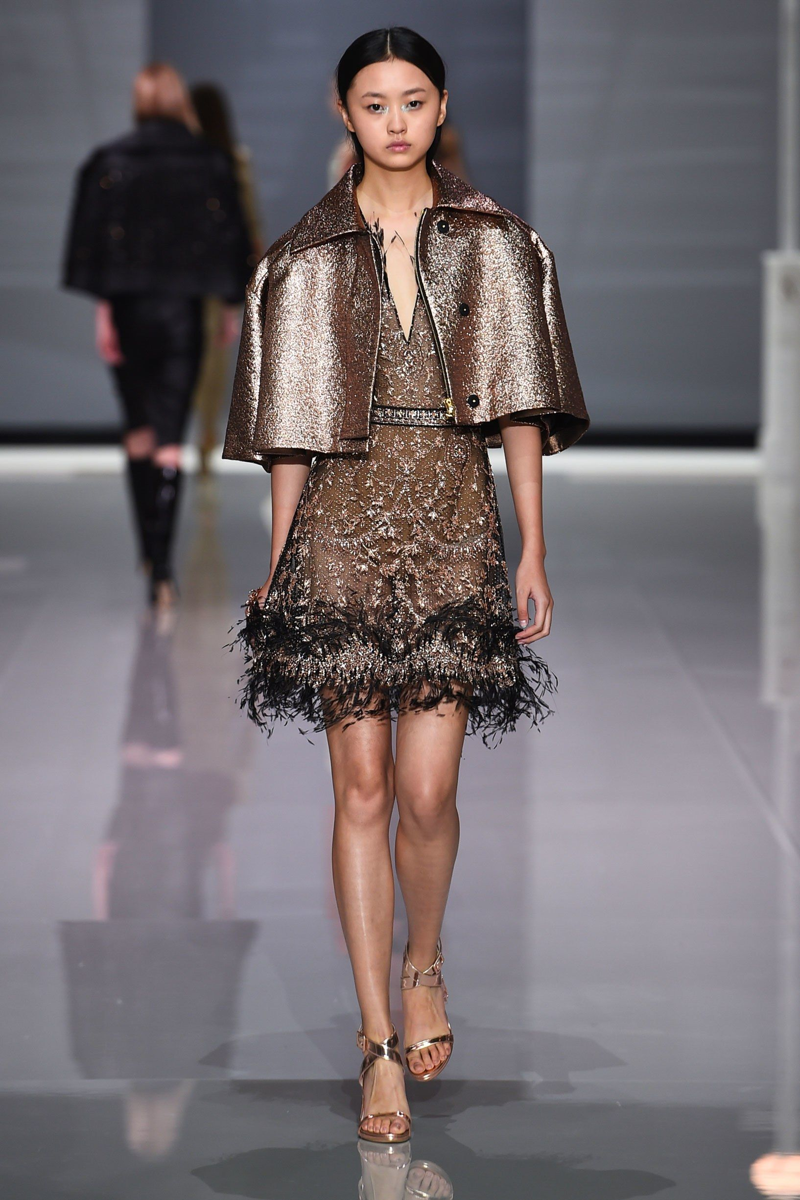 217f2e3aa194 See the complete Ralph   Russo Spring 2018 Ready-to-Wear collection.