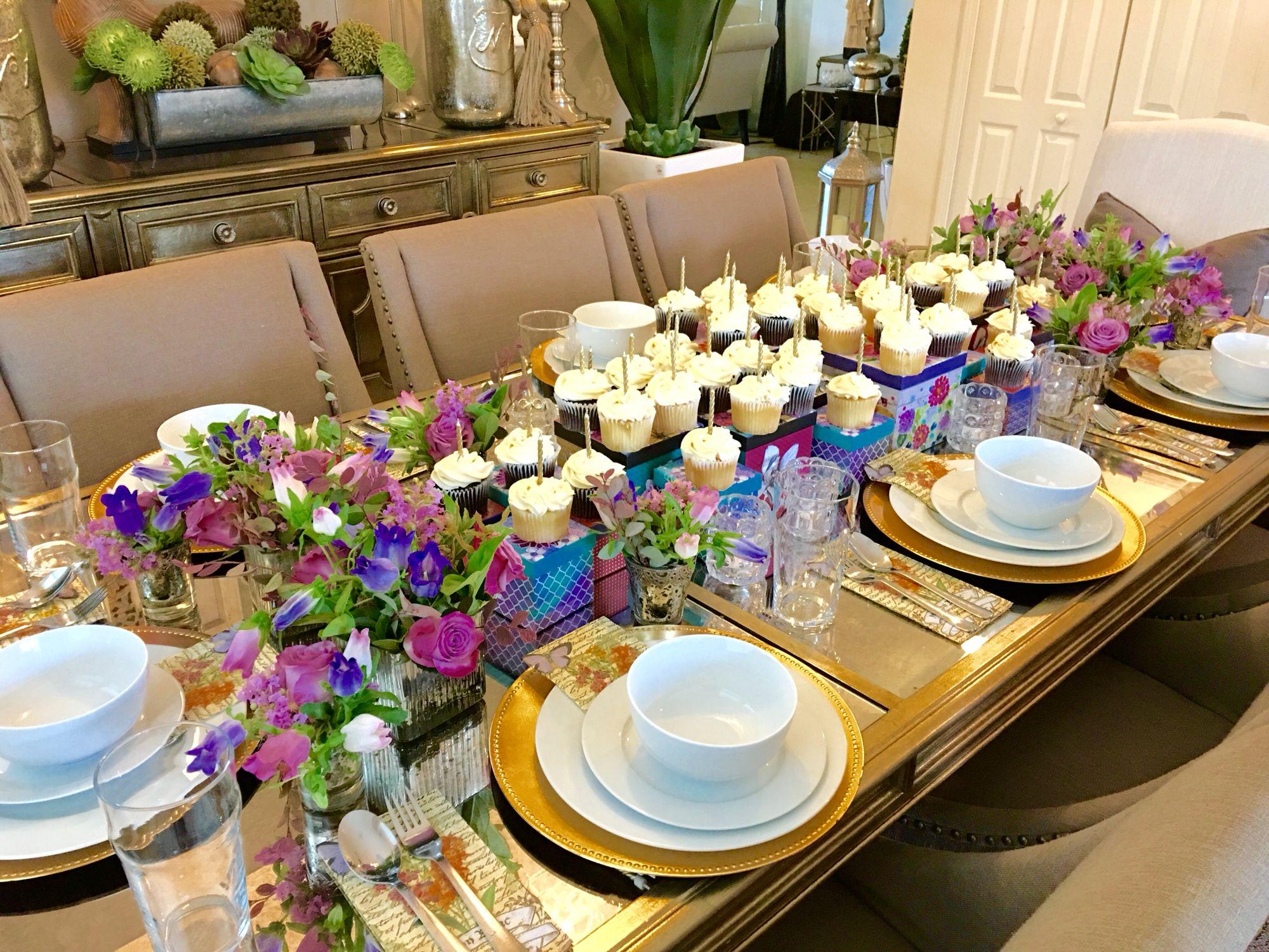 #elegantdining #cupcakes #vintagegiftboxes #purpleroses #floraldesign #flowercouture #flowercreation