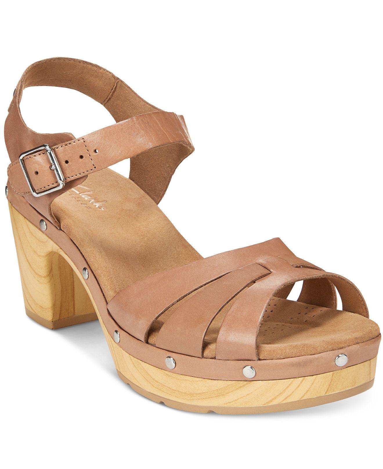 clarks artisan platform sandals