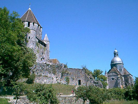 Collégiale Saint-Quiriace (église) et la Tour César à Provins - 2002
