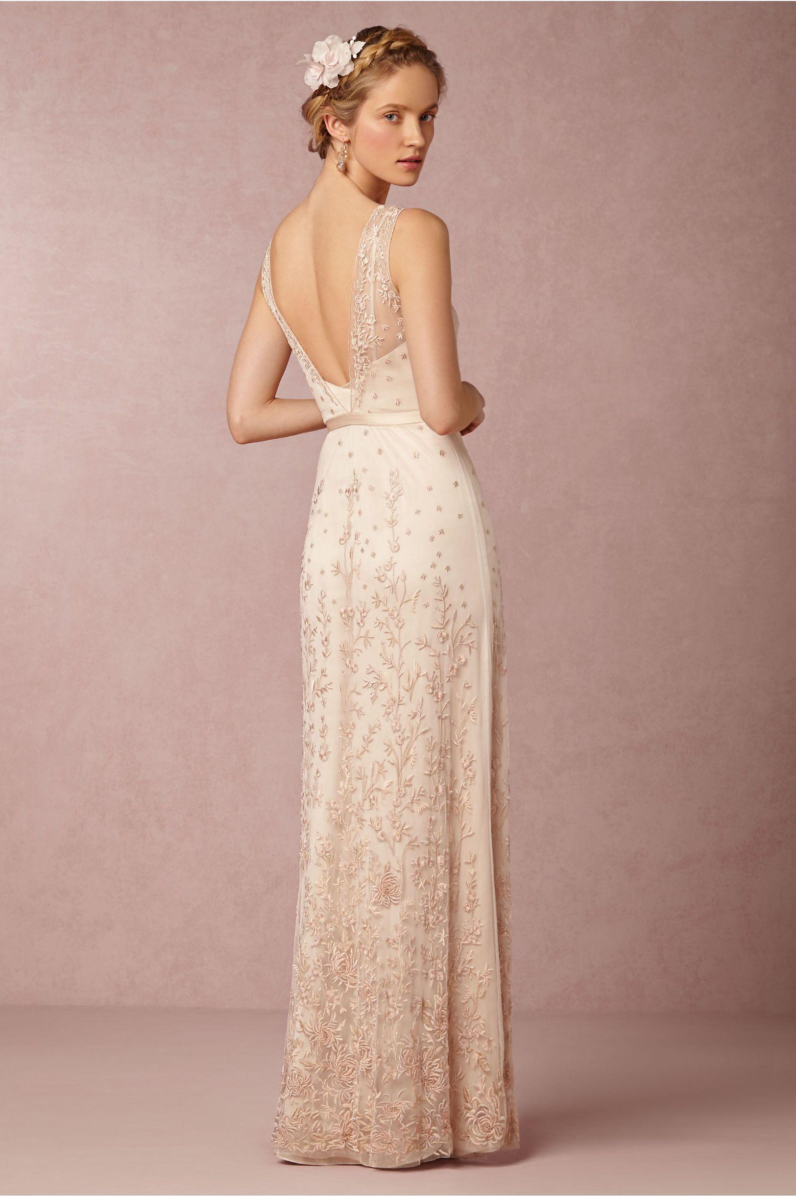 Bonafidebride diy project sweet whimsical paper lanterns - Yvie Gown In Bride Wedding Dresses At Bhldn