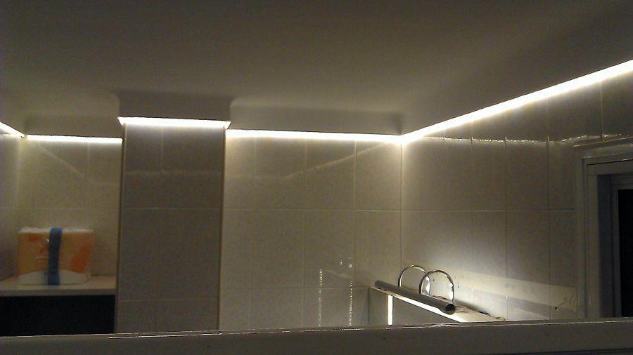 Iluminaci n tiras de led iluminacion tiras de led - Tiras de led para exterior ...