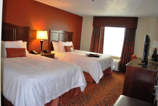 Hampton Inn Suites With Images Hampton Inn Suites Sleeping