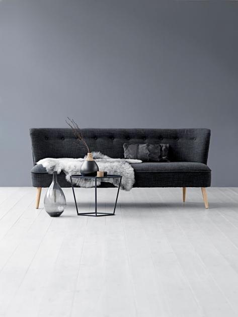 Die Graue Wand   Alles Andere Als Langweilig!: Warmes Grau Verträgt Sich  Prima Mit Blau | LIVING AT HOME