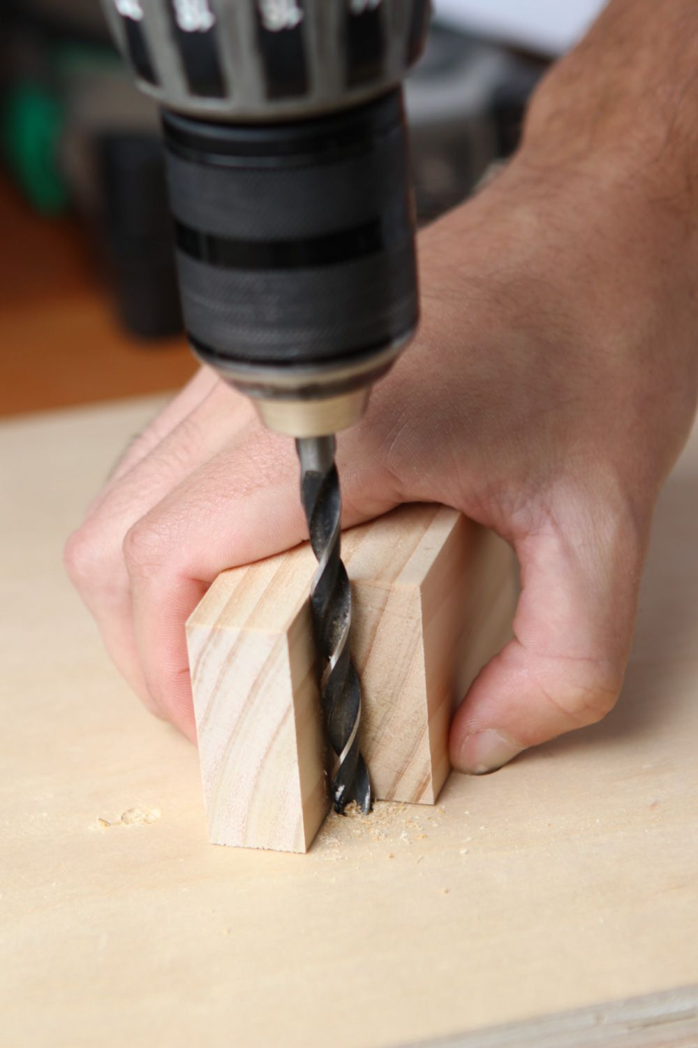 How To Drill Straight And Square Holes Without A Drill Press Woodworking Jig Plans Woodworking Ideas To Sell Drill Press