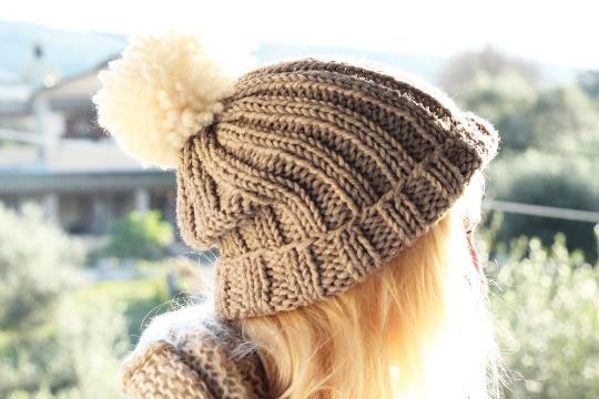 Slouchy Beanie Pattern | Knitted hat patterns free women ...