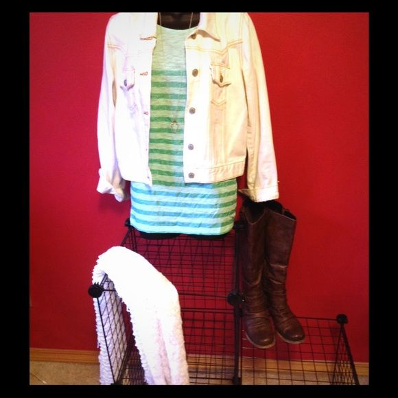 Long sleeve Mint green Gap T-shirt Mint green long sleeve Gap t-shirt with sparkle stripes will catch everyone's eye this spring. Wear it with your favorite jeans or leggings.  It is lightweight without being shear. GAP Tops Tees - Long Sleeve