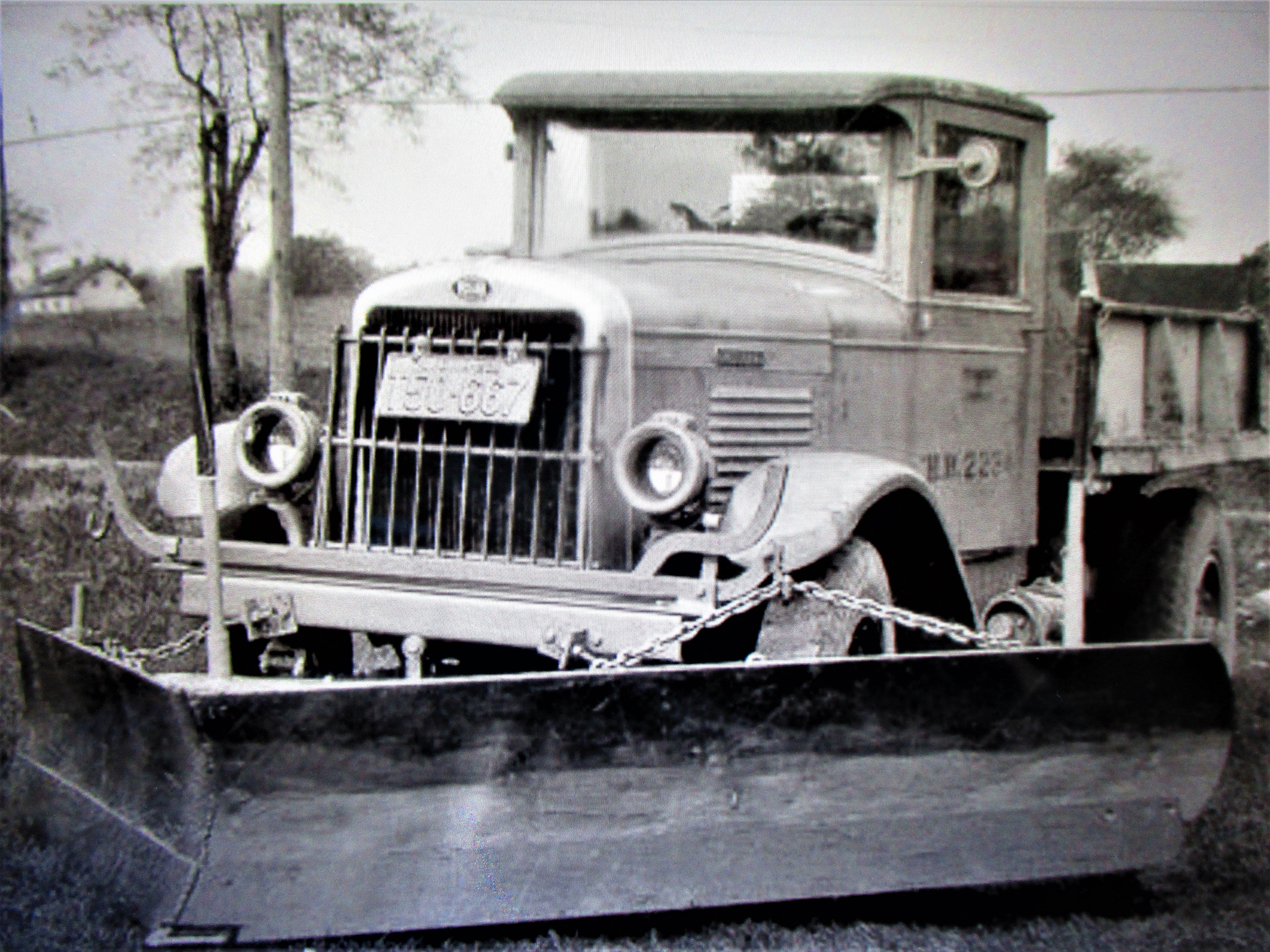 1930 S Snow Plow Truck With Images Trucks Plow Truck