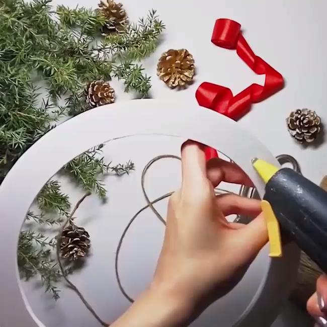 Beautiful Christmas DIYs! � Follow us for more