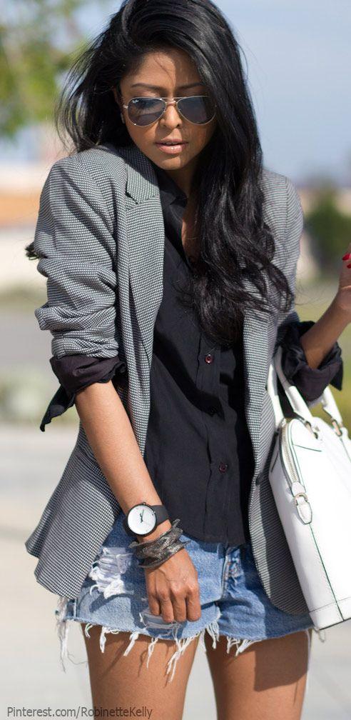 #NYFW inspiration: effortlessly classy. Love a good blazer for #FashionWeek! http://wishi.me/r/AApi