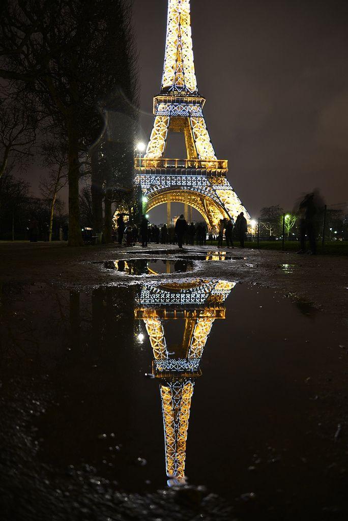 Reflections Of Paris Paris At Night Tour Eiffel Eiffel Tower