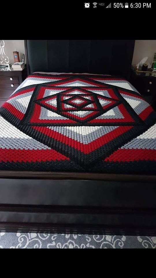 Crocheted Kaleidoscope Granny Square Tutorial   Stuff I Wanna Learn ...