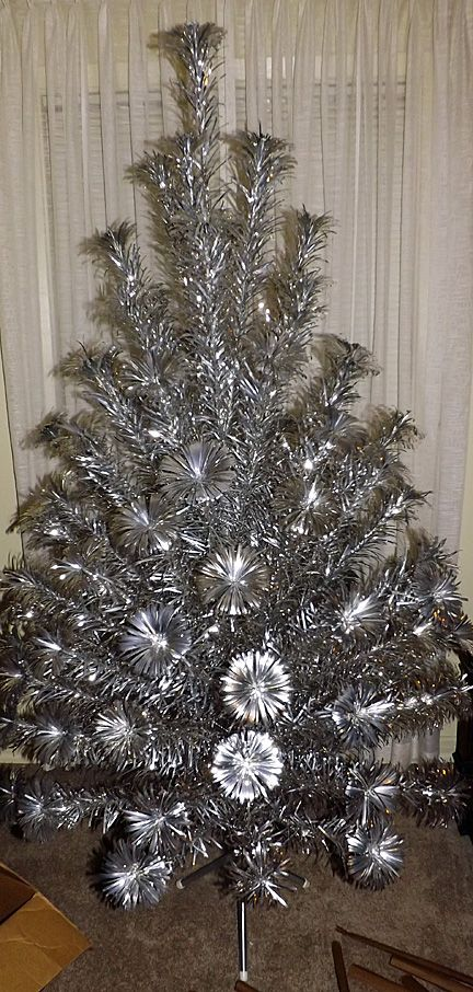 Vintage Pom Pom Aluminum Christmas Tree 6 1/2 Ft & Stand, Color ...