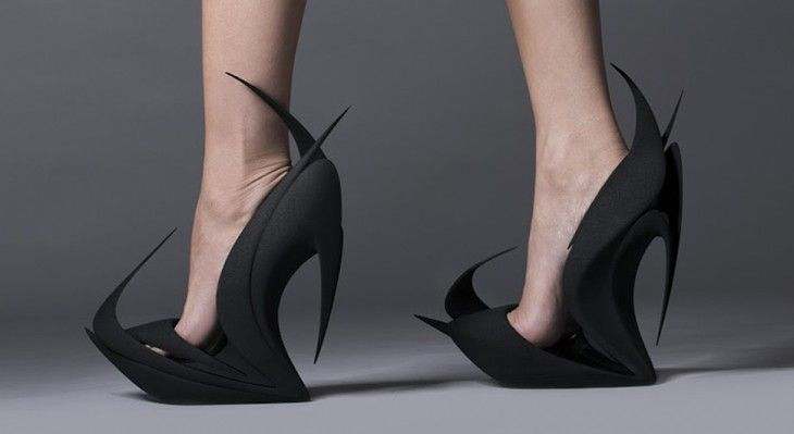 3d-printed-FEATURED  #products #unique #furniture #creators #inspiration #fineart #zahahadid #best #moderndesign #art #shoesdesign See More: http://designgallerist.com/blog/3d-printed-shoes-by-zaha-hadid-and-more-famous-designers/