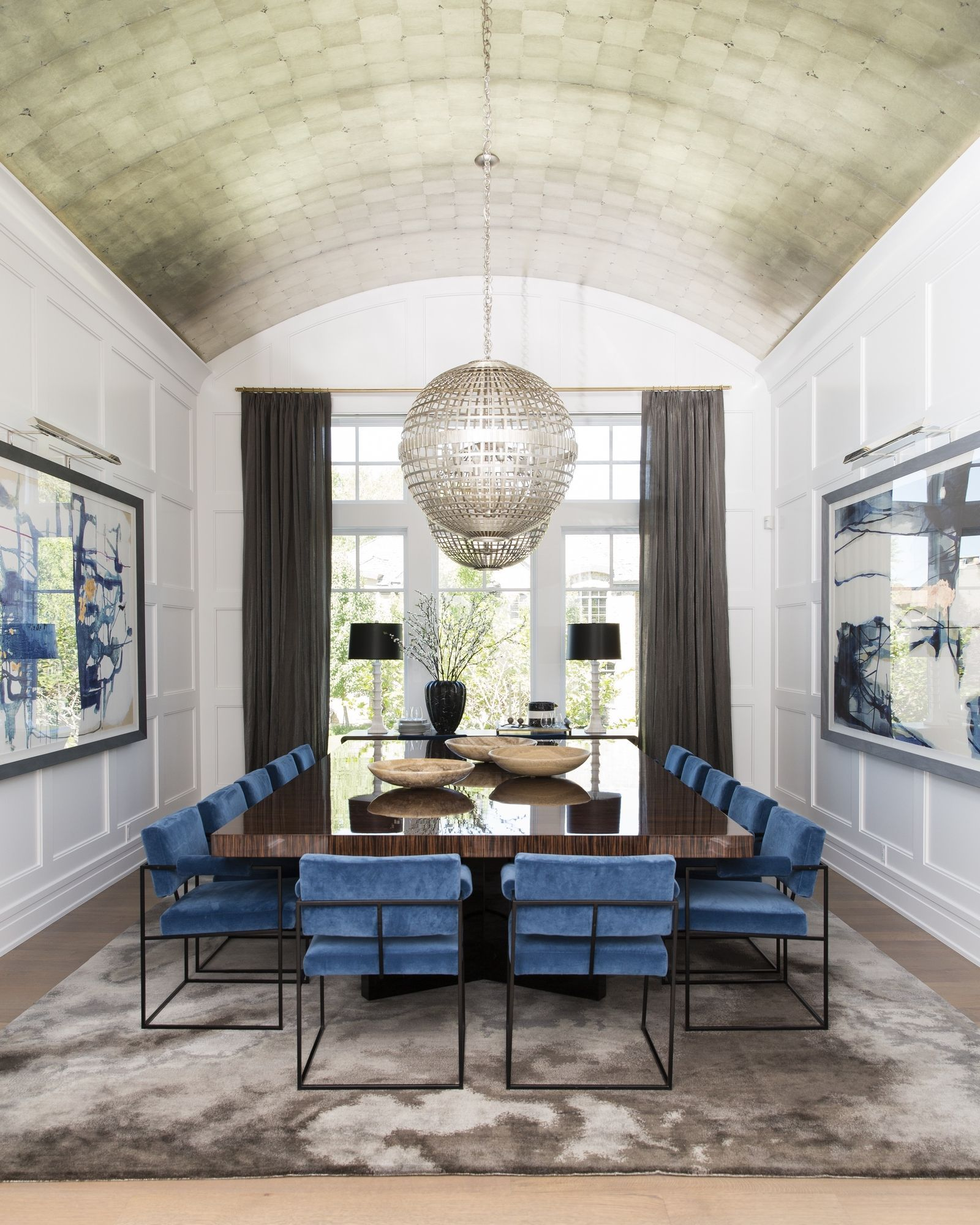 Tour A Coastal Contemporary Dream Home In The Unlikeliest Locale Luxury Dining Room Modern Dining Room Luxury Dining
