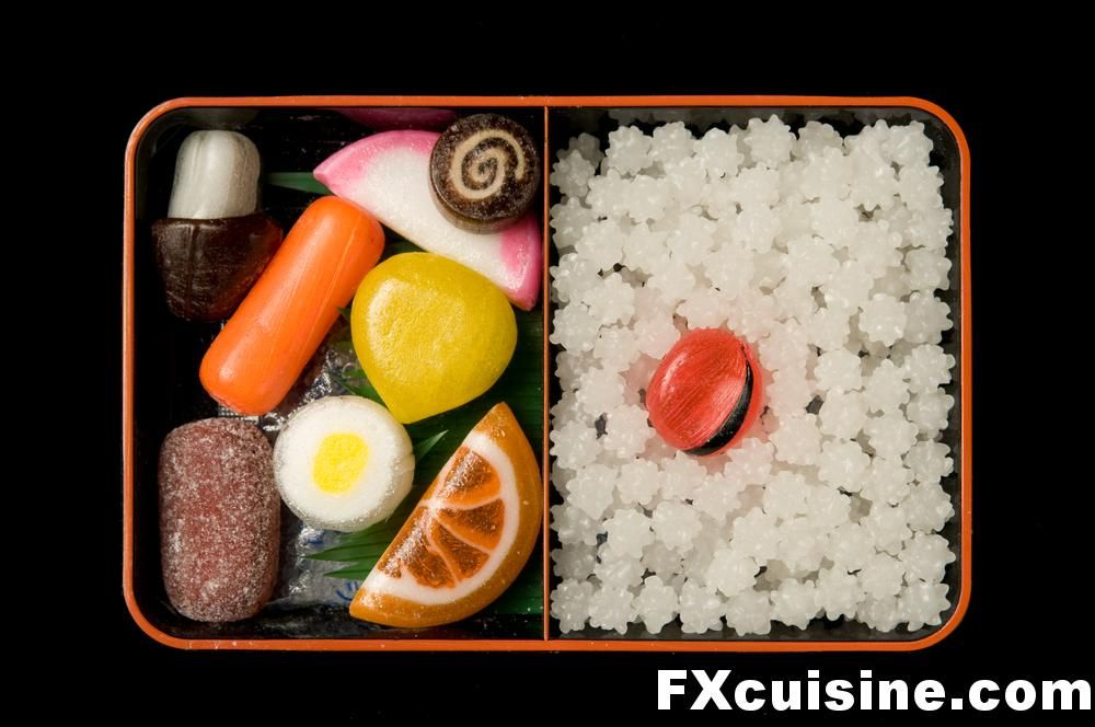 """""""Mock bento boxes filled with candies"""" お菓子 かわいい, 和菓子, お菓子"""