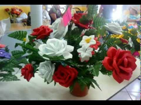 Arreglos Florales En Foami Paso A Paso Imagui Primera