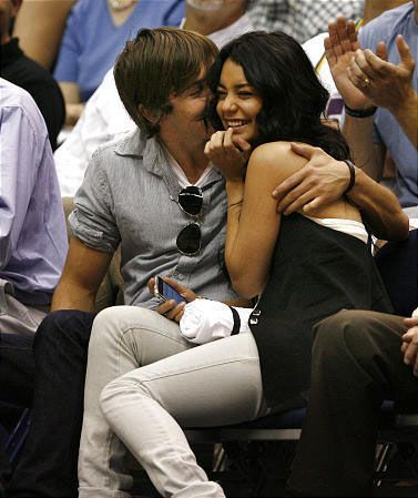Zac och Ashley dating 2011