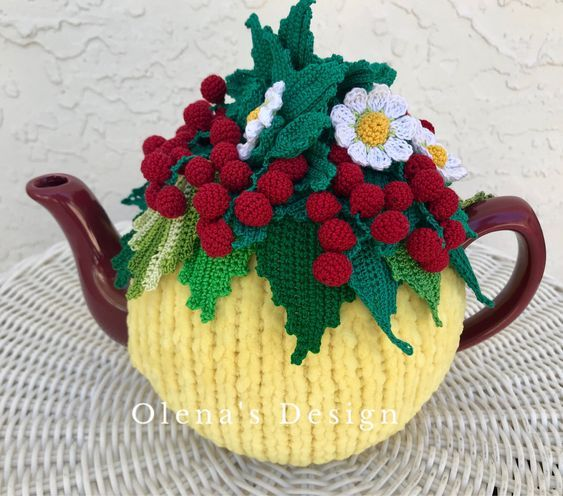 NEW  Handmade Tea Cozy Strawberries//Pink Base from Ukrainian Designer Unique!