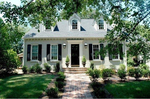 Classic White Painted Brick Abodes Painted Brick House Painted Brick Exteriors House Exterior