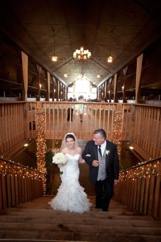Lee And Stephanie Celebrated Their Love At Lord Hill Farms An Elegant Venue In Snohomish Wa Is A Sweet Hy Individual It S Clear