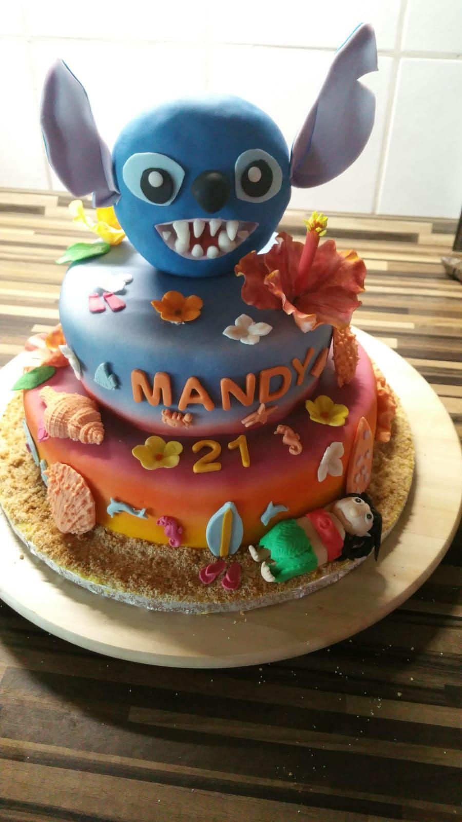Lilo Stitch Torte Gefullt Mit Himbeer Buttercreme Himbeerspiegel Und Frischen Himbeeren Aus Dem Garten Liefde