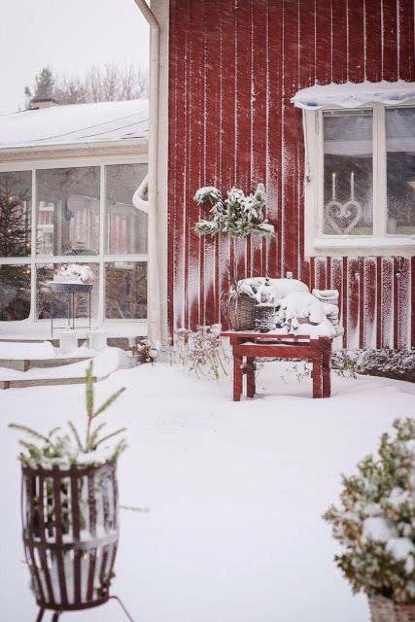 Moment\'s   Winter Rot und Weiss   Pinterest   Winter, Schweden und ...