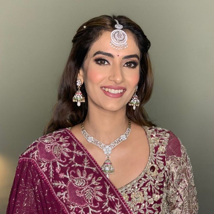 Stylish Wedding Makeup Artist In Delhi