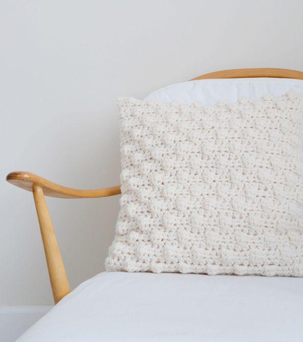 Pinteresting Projects: free 3-D crochet cushion pattern from Yvestown on LoveCrochet ༺✿ƬⱤღ✿༻