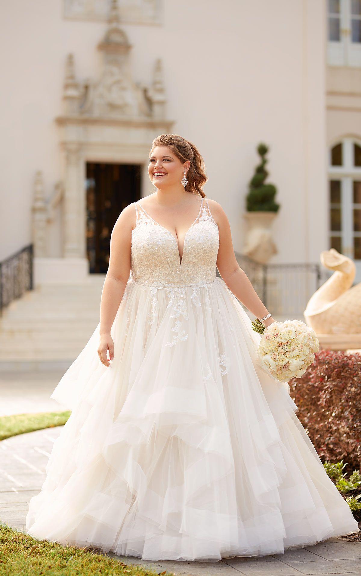 Shimmering Ballgown Plus-Size Wedding Dress - Stella York ...