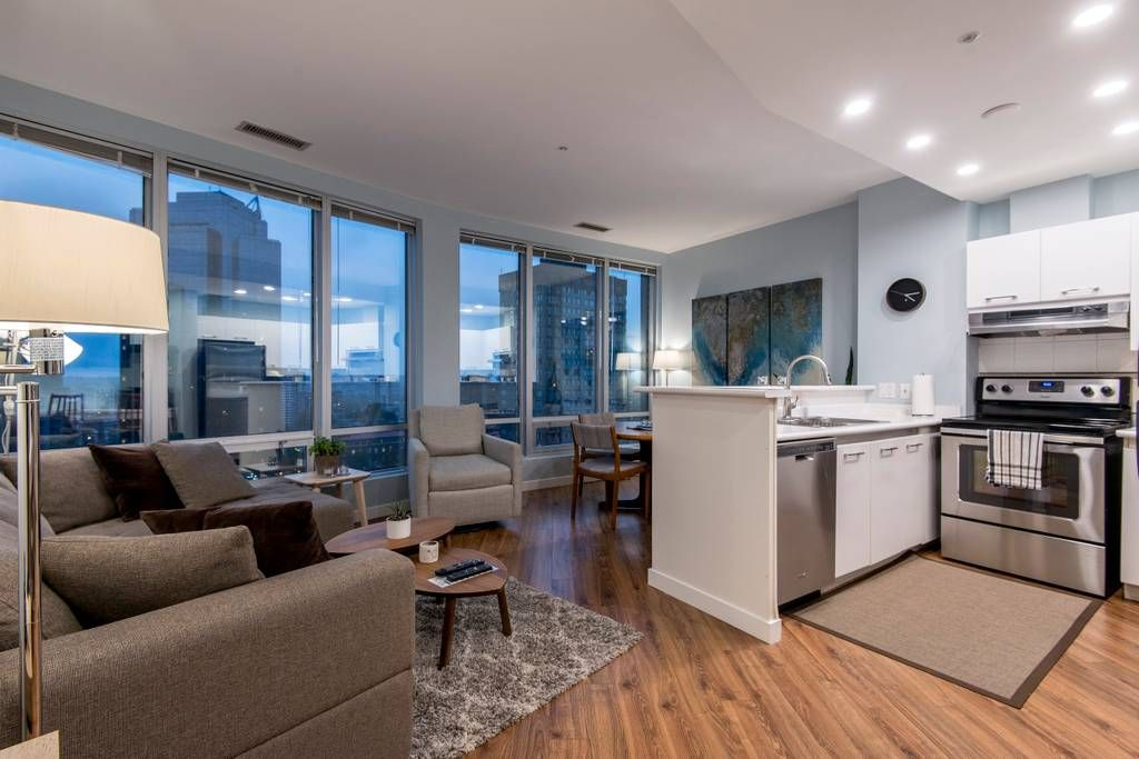 Entire Home Apt In Vancouver Canada 700 Sq Ft 2 Bedroom Suite With Large Floor To Ceiling Windows In Th Apartments For Rent Cool Apartments Hotel Apartment