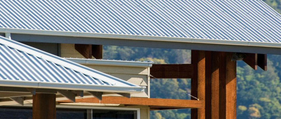 Find out how to choose the most suited roofing sheets for for Roofing colors how to choose