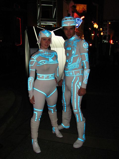 TRON costumes #cosplay & Guests in their TRON costumes at the ElecTRONica Meet-Up | Pinterest ...