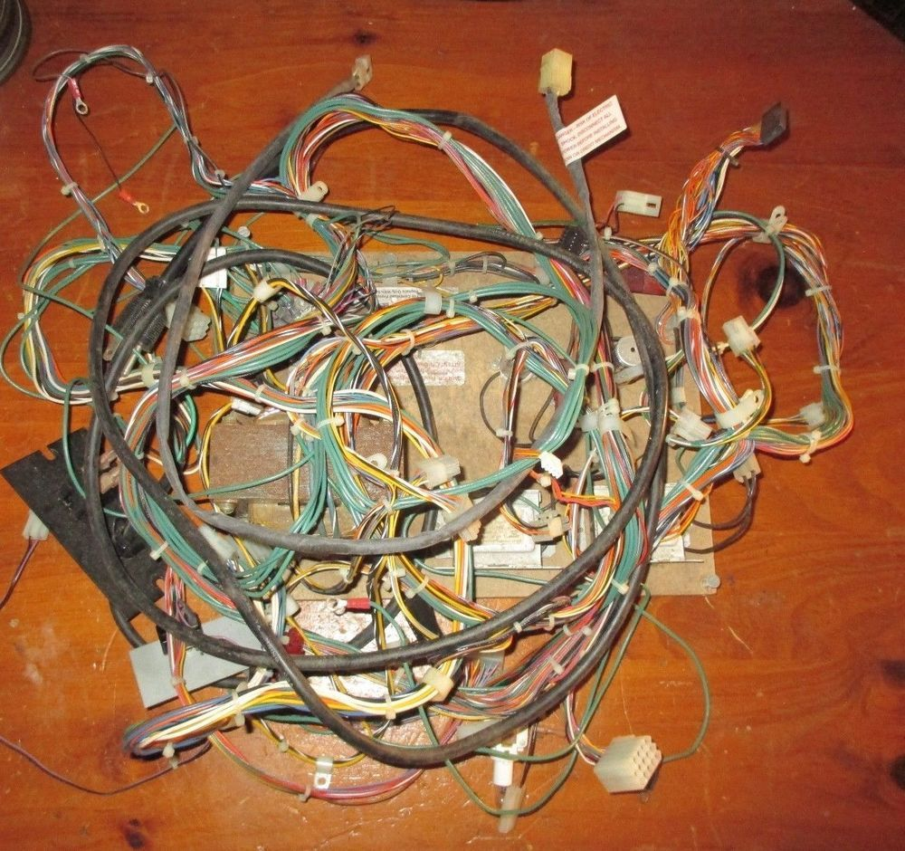 Sammy Sports Arena Redemption Game Complete Wire Harness W Base Power Supply Wiring 4