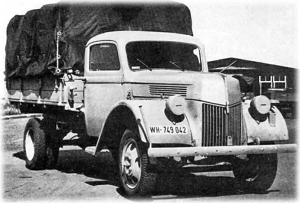 Ford V3000S, 3-ton, 4x2, Cargo, Trophy