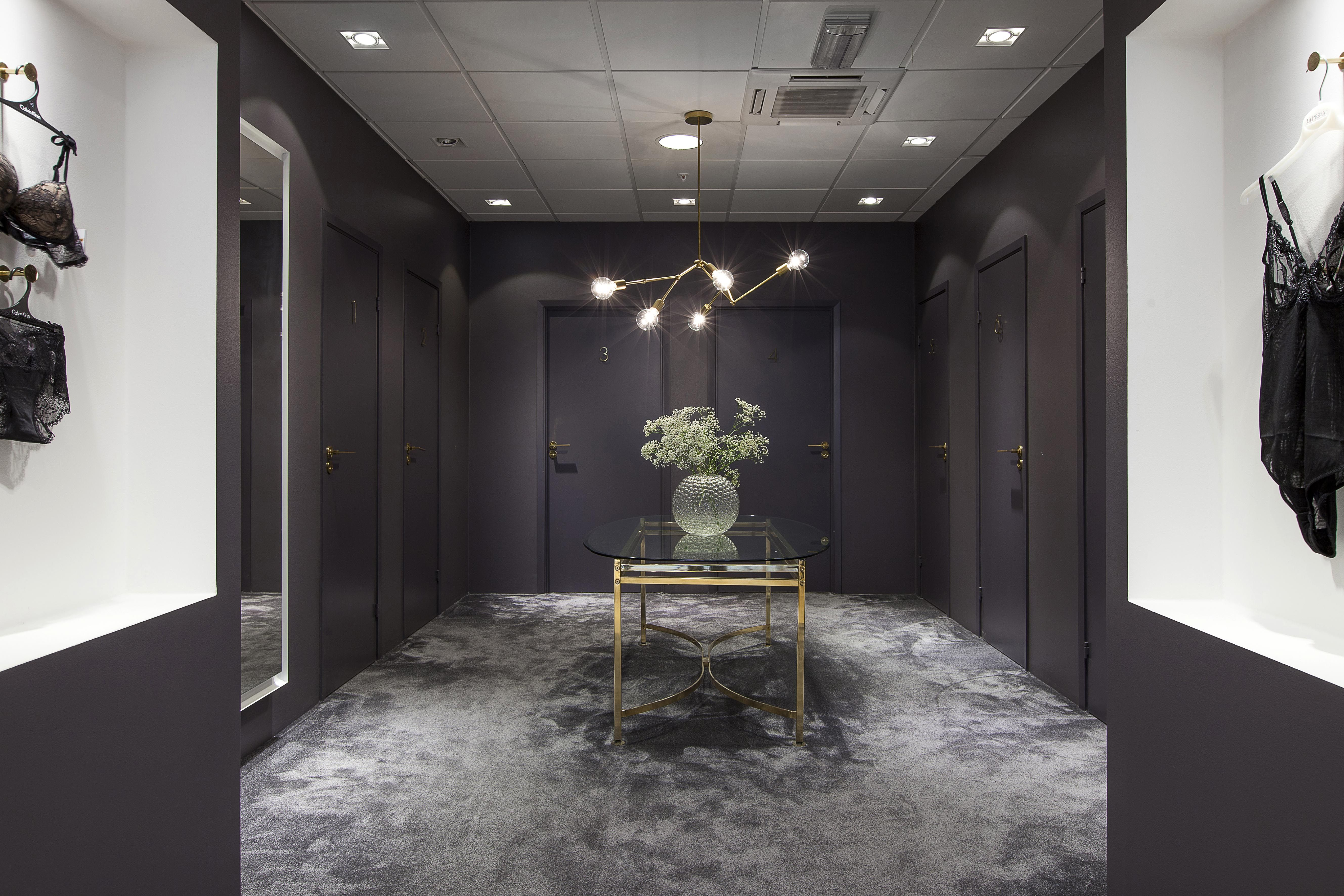 Bäccman & Berglund Sweden handles in brass at the new lingerie shop Bare Philosophy designed by Norwegian Code Concept.