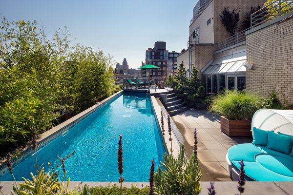 Nyc penthouses 66 leonard street amazing tribeca - Apartments with swimming pool london ...