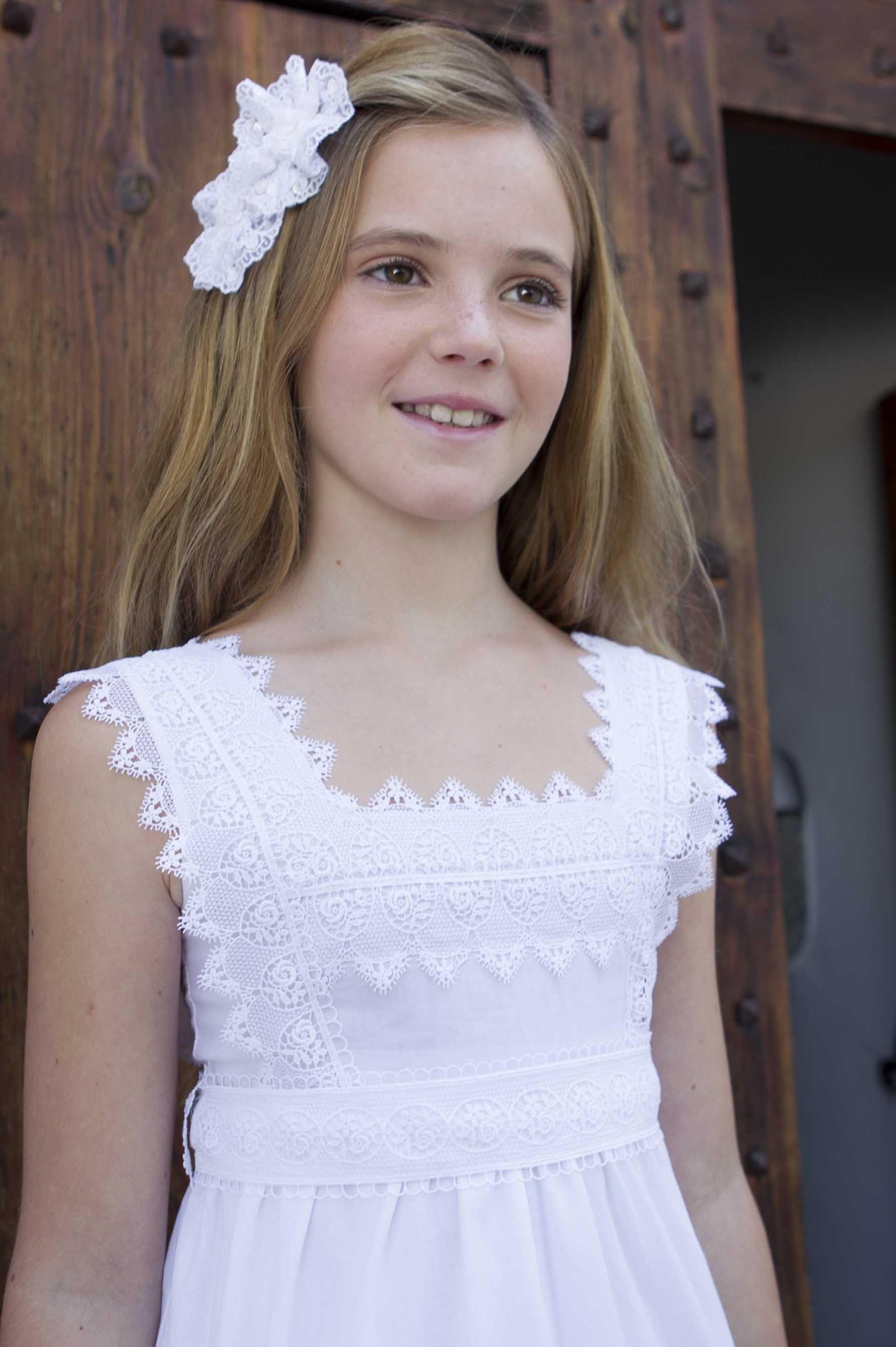 Vestido Alicia Niñas Vestidos De Comunion Sencillos