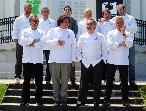 Desde el 2004, cada 20 de Octubre se celebra el Día Internacional del Chef, reconocimiento propuesto por la Asociación Mundial Culinaria con el fin de crear una conciencia extendida de la profesión con el objetivo de ofrecer más a la sociedad mediante concursos culinarios, eventos benéficos y exhibiciones.