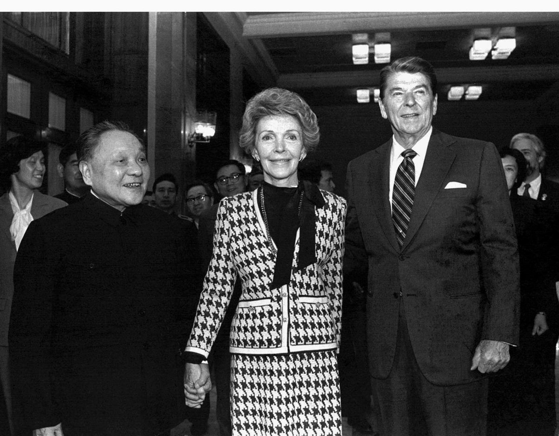Deng Xiaoping with US president Ronald Reagan