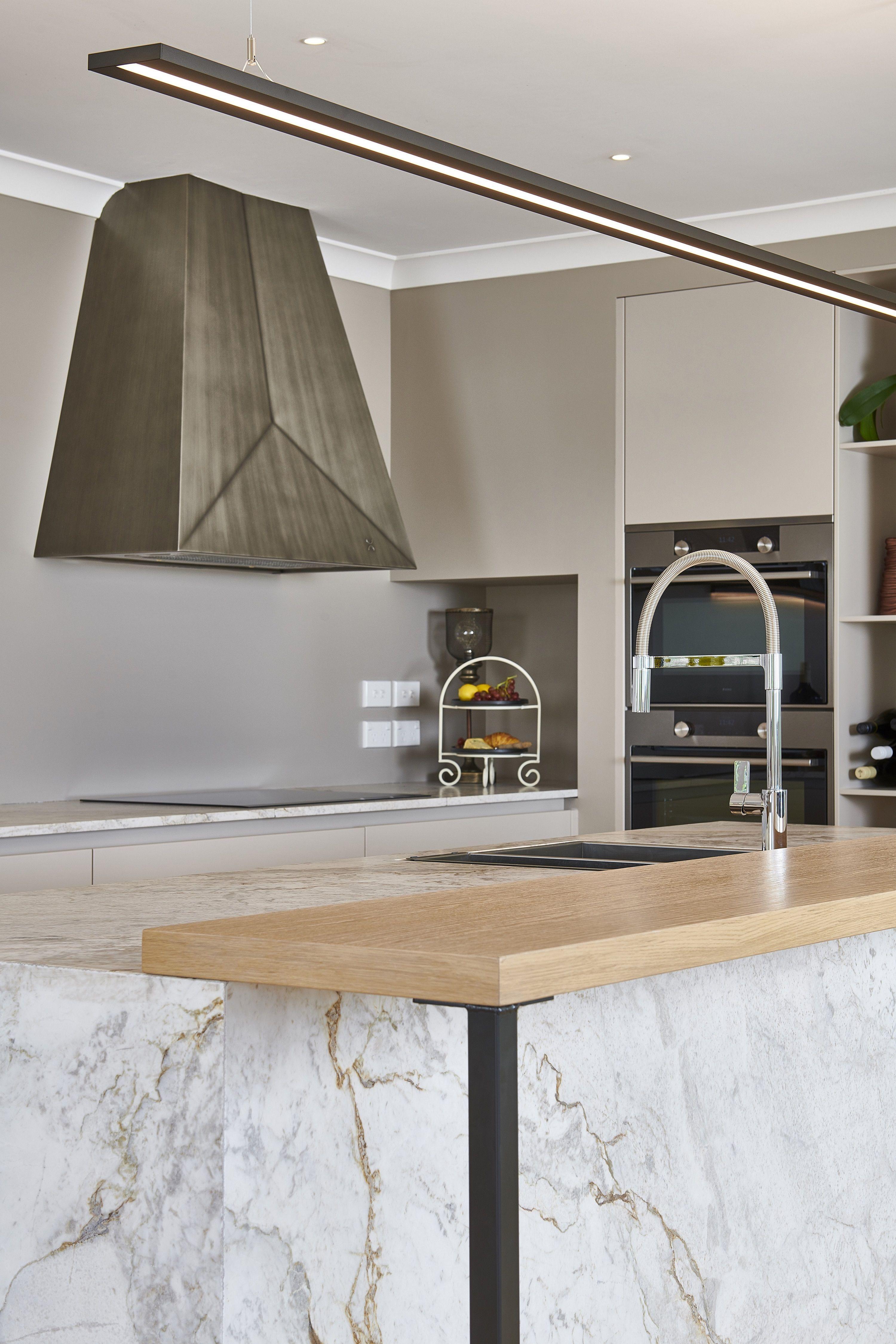 Transitional Kitchen in Neutrals in 2020 | Luxury kitchens ...