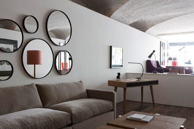 agrandir l 39 espace avec des miroirs miroir sur mesure. Black Bedroom Furniture Sets. Home Design Ideas