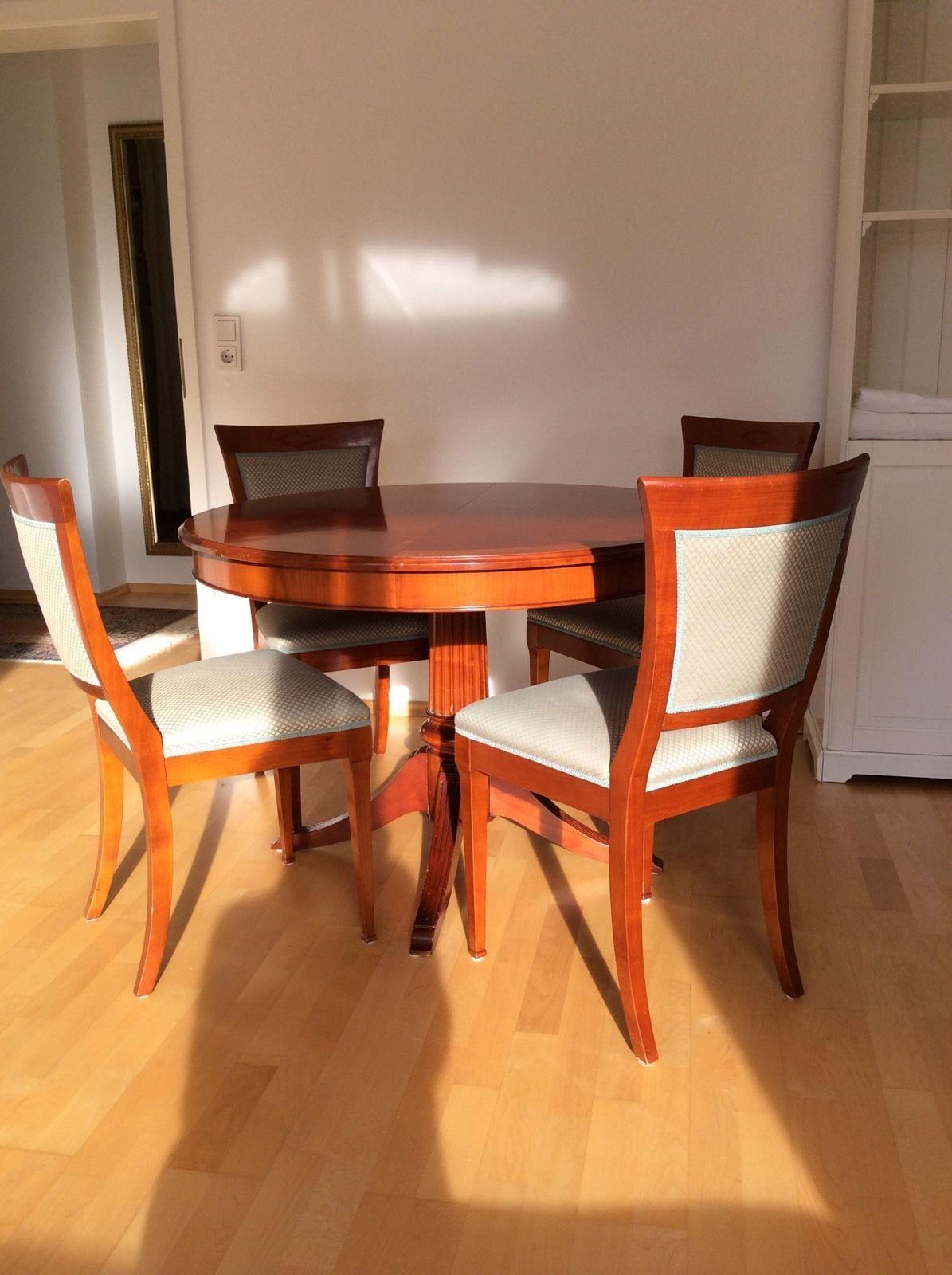 Hochwertige Selva Stil Auszieh- Tisch und 4 Stühle, Ambiente für ...