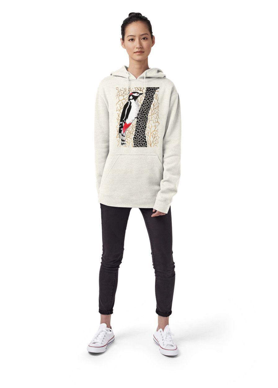 Model wears a size S