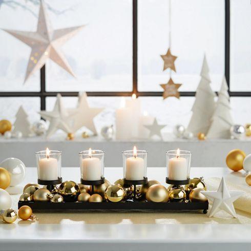 Teelichtständer mit glitzernden Kugel – ein modernes Highlight im Advent