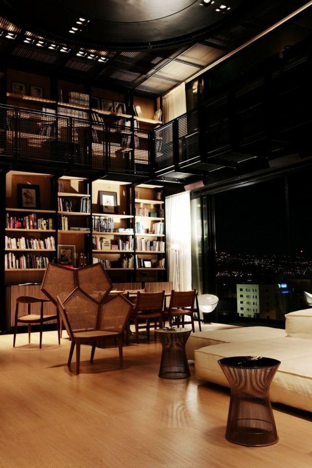 Holz Boden Loft Wohnung Mit Moderner Ausstattung